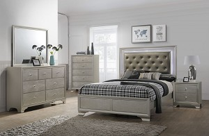 Xandra 7 Pc Bedroom Set
